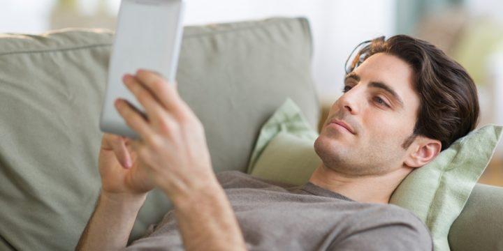 電子書籍に消費税が上乗せされるってほんと?事業者が知っておくべきことまとめ
