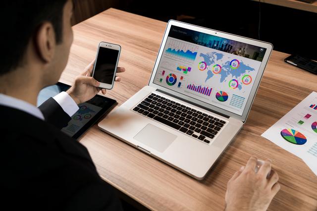 クラウド型会計ソフトは安いのか? 年間費用をシミュレーション