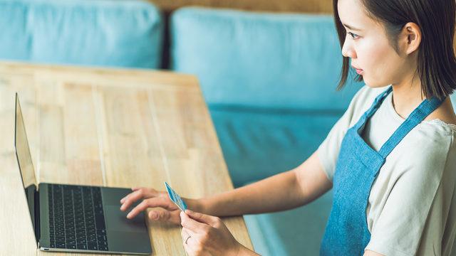 個人事業主が会計ソフトでクレジットカード決済する際の仕訳と注意点まとめ