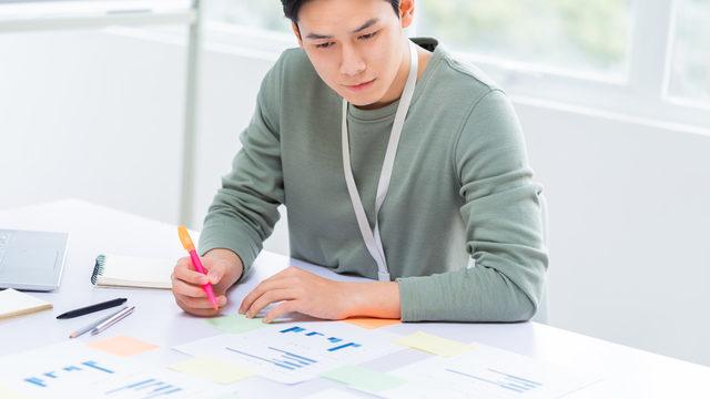 資金繰り分析は経営の要!資金繰り表や貸借対照表を使った方法をわかりやすく解説