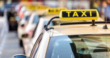 タクシー代、駐車場やETC利用料金…車移動にかかる領収書を減らしたい!イマドキの経費精算術とは