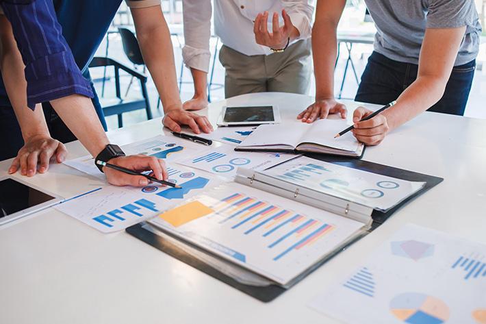 つぶれない会社の負けない経理戦略> 第4回 新規事業計画には、策定時 ...