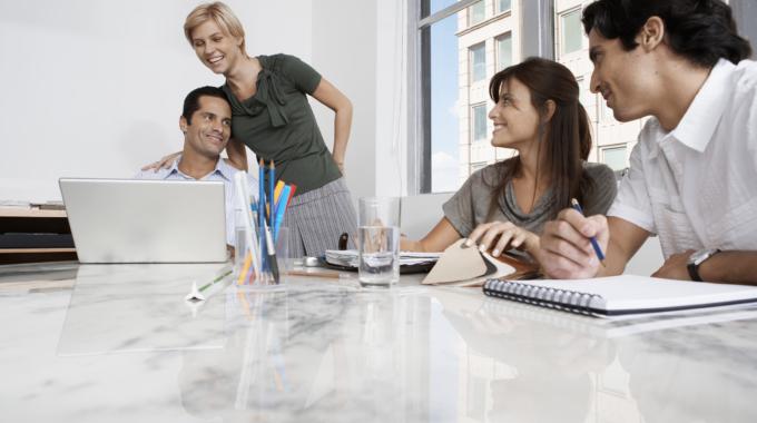 ベンチャーとは?ベンチャー企業が成長するビジネスモデルを解説