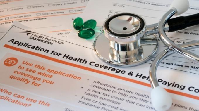 健康保険の切り替えの手続き