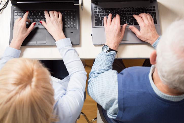 社会保険と雇用の延長による在職老齢年金